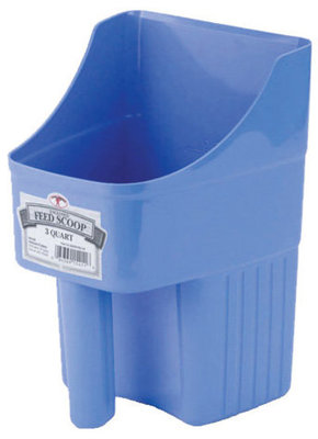 Little Giant 3 Quart Enclosed Feed Scoop