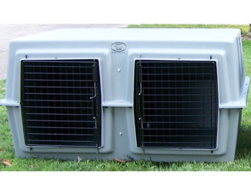 """Deuce"" Easy Loader Dog Kennel"
