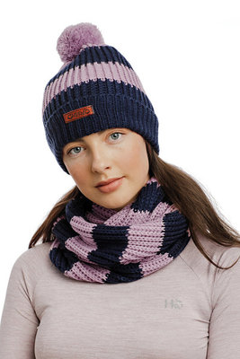 Horseware Knitted Hat and Snood