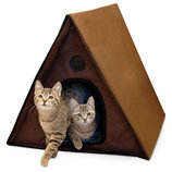 A-Frame Outdoor Heated Cat House