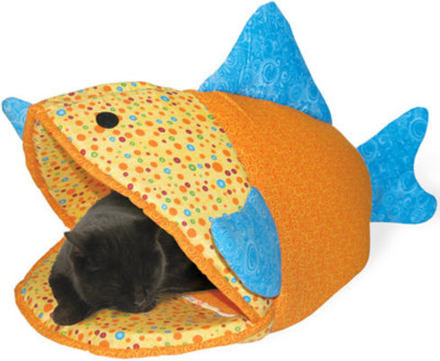 "Kookamunga Funky Fish Cat Bed, 24""L"