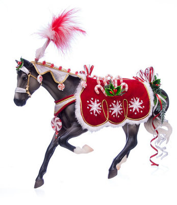 Breyer Peppermint Kiss 2015 Holiday Horse