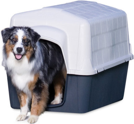 Medium Barnhome III Dog House