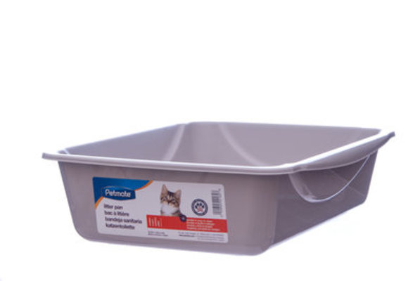Petmate Cat Litter Pan, Medium