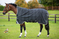 Rhino Wug 1000D Vari-Layer Turnout Blanket, 250g