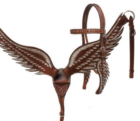 Showman Angel Wing Tack Set