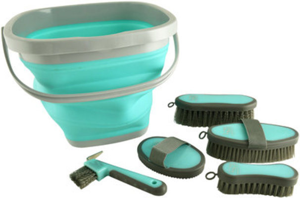 Tail Tamer Horse Grooming Kit with Collapsible Bucket